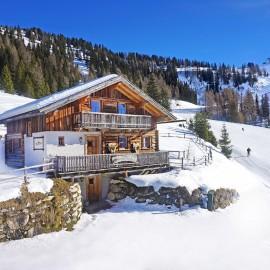 Hütte in Flachau neben der Piste