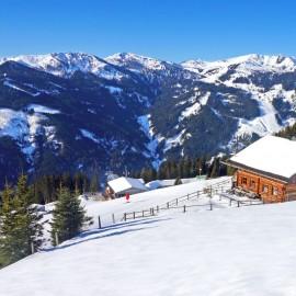 Winterurlaub in Flachau Hütte