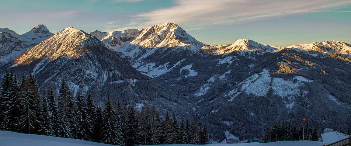 Hütte im Winter in Flachau