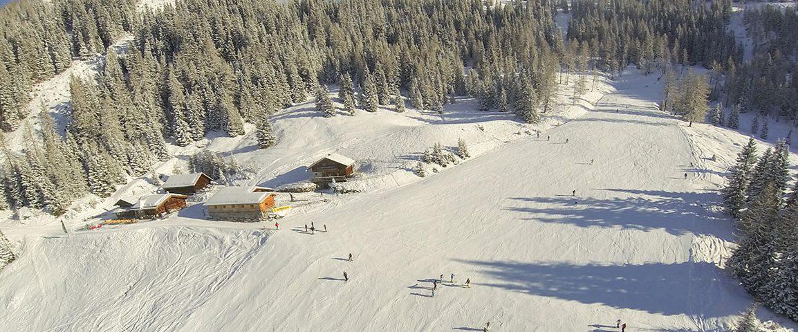Hütte neben der Piste in Flachau